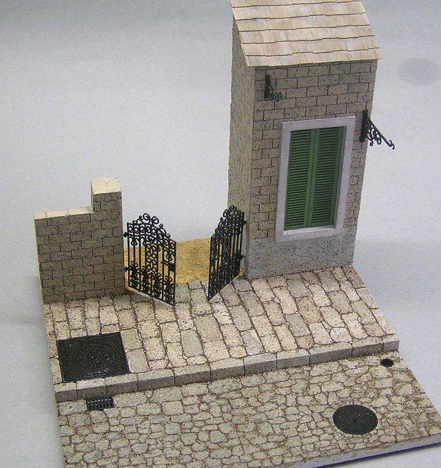 画像1: 鉄蓋、門扉