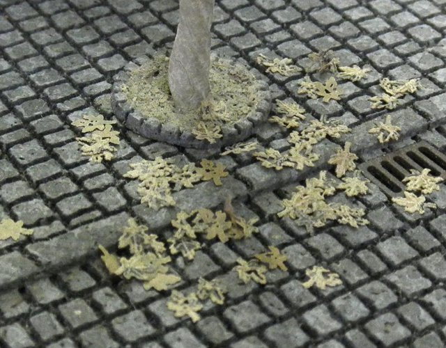 画像1: 落葉メープル(茶)